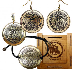 "Jewelry set ""Suzdal hawks"" in a gift box."