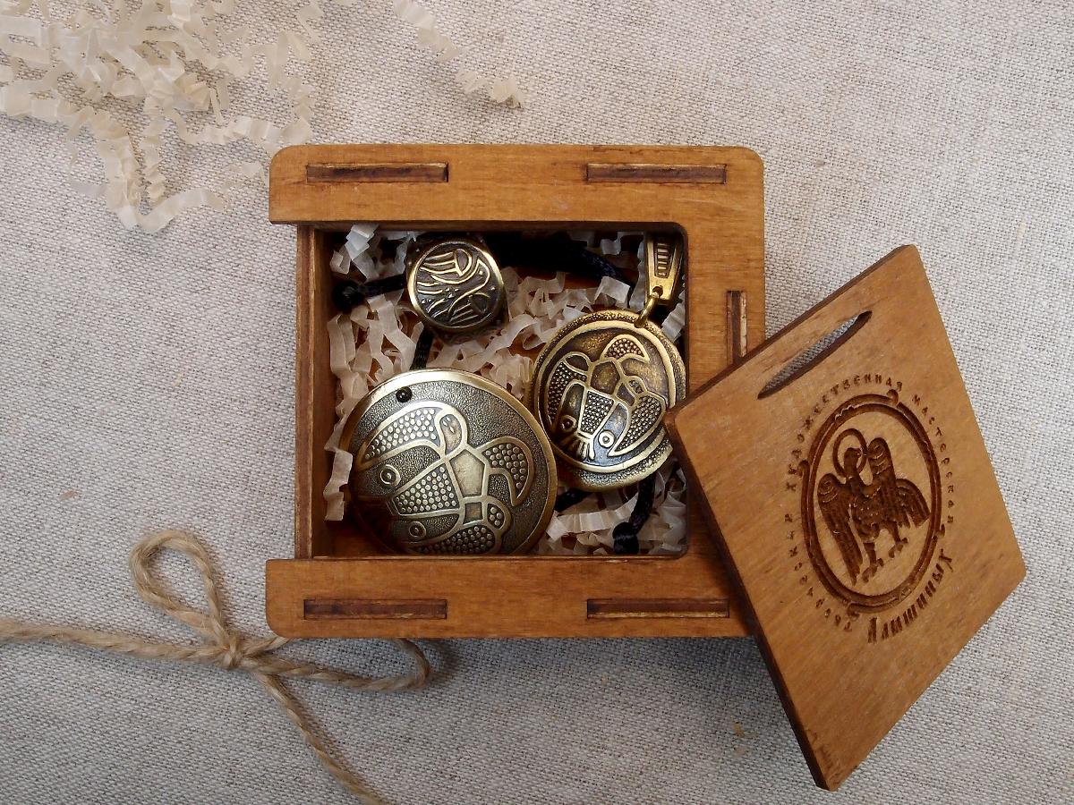 """Jewelry set """"Falcon"""" No. 1 in a gift box"""